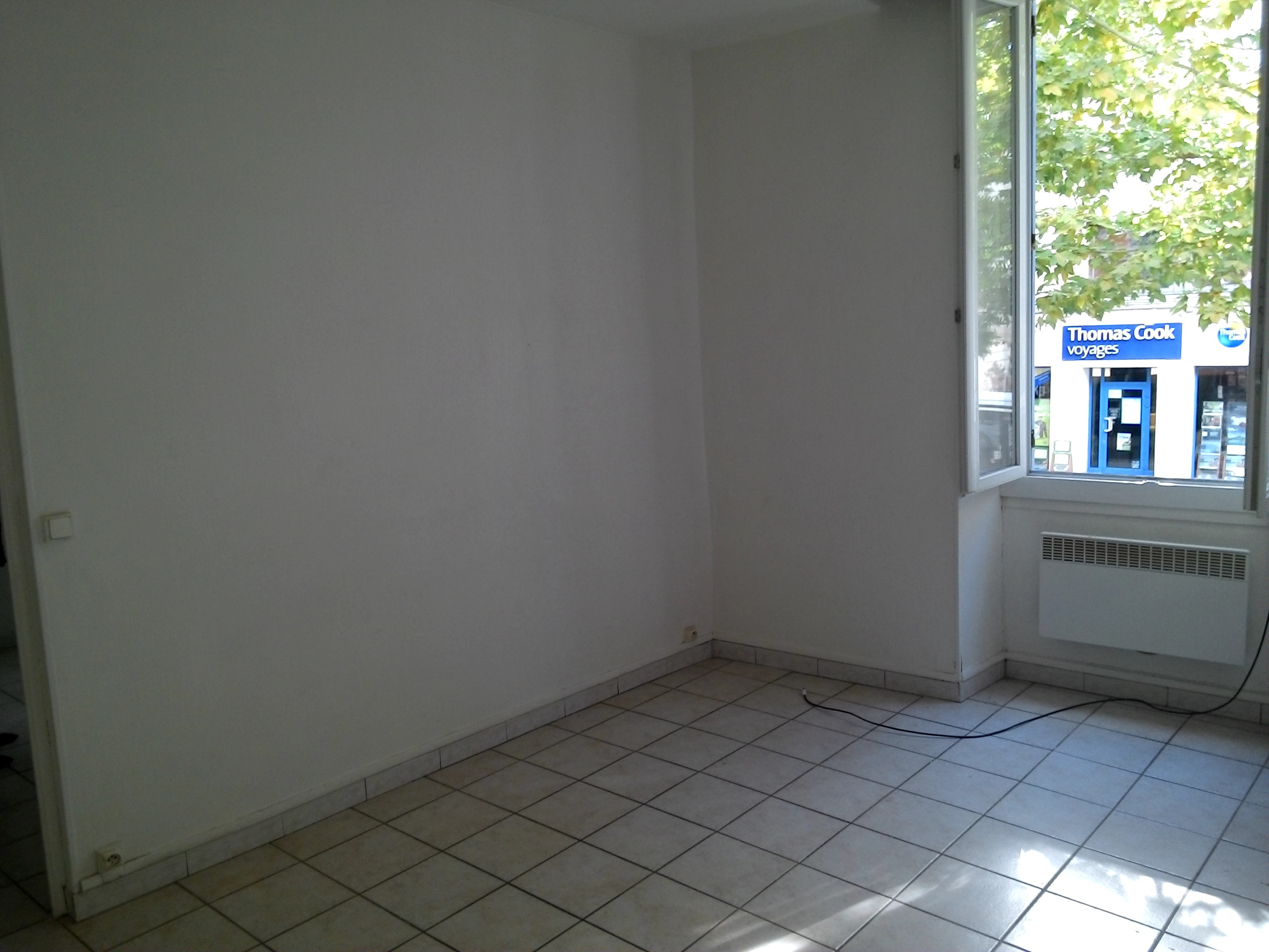 Cabinet arevimmobilier for Location t3 salon de provence